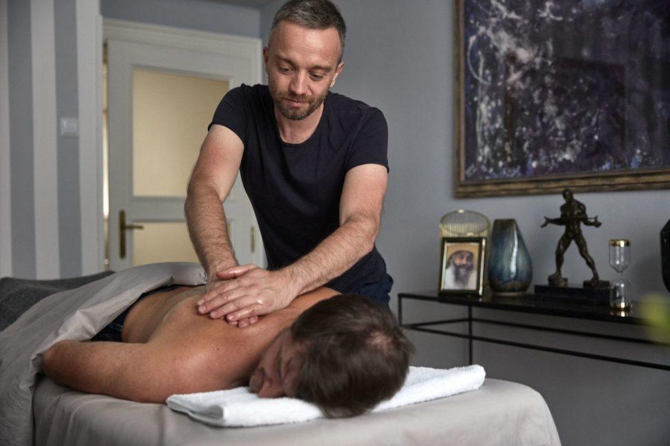 Terapeutická masáž
